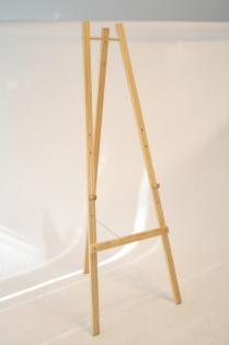 Dřevěný třínohý stojan 165 cm, přírodní